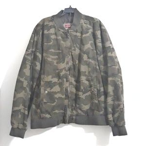 Levi's Camouflage Jacket for Men Size XXL